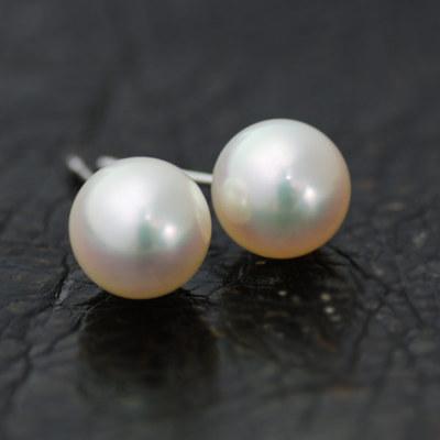 """こんな透明感見たことありますか?花珠を超える""""あこやクイーン"""" 真珠オタク秘蔵のあこや真珠8-8.5mmピアス"""