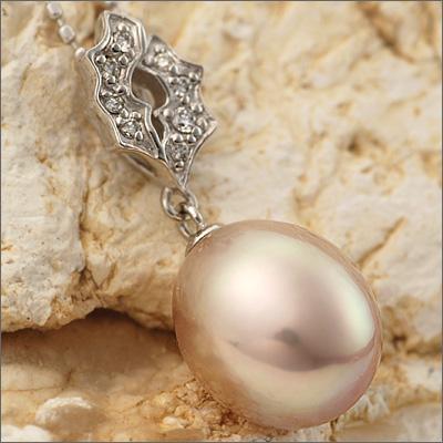 限定6本 メタリックカラー湖水真珠×ダイヤモンドペンダントトップ「ロザイオ」Rosaio