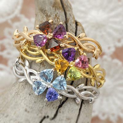 自由に選べる宝石。アミュレットリング「クローバー」