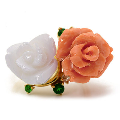 【限定1本】桃珊瑚×白珊瑚×グリーンガーネット×ローズカットダイヤリング「白バラと紅バラ」