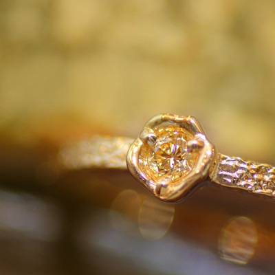 ゴールデンダイヤモンドリング