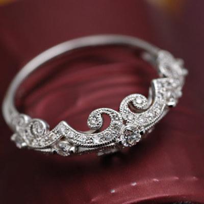 究極のダイヤモンドリング「ロティオン」